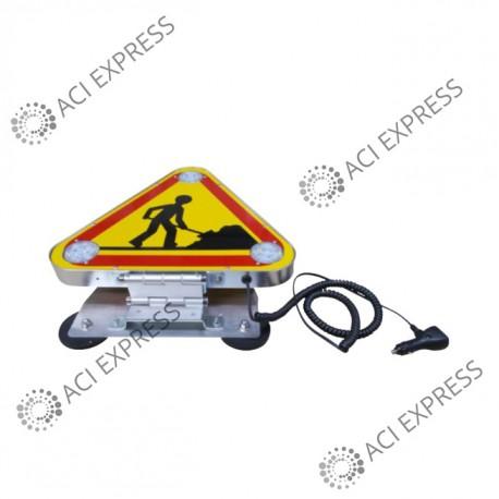Triflash_avec_fixation magnétique_Classe A_véhicule_mairie_signalisation _véhicules de chantier et d'intervention